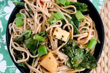 sesame noodles with kohlrabi