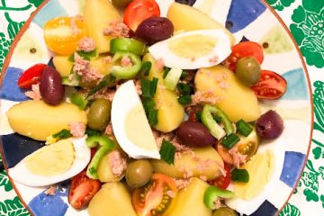 Ensalada Campera (Spanish-style Tuna Salad)